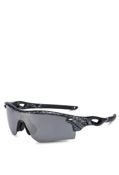 acb2fec115 Oakley black Sports Performance OO9206 Sunglasses 1BECEGL437704CGS 1