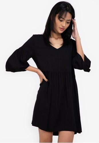 ZALORA BASICS black Flare Sleeve Babydoll Dress 6B4ACAAFB06B8EGS_1
