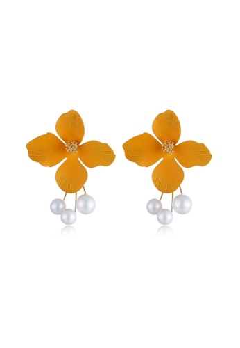 Kings Collection Yellow Flower Shape Earrings (KJEA20006) CAF0CAC446CAB3GS_1
