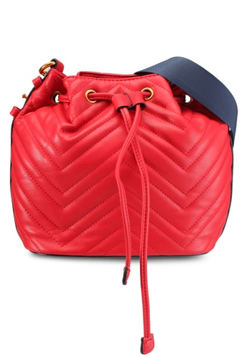 DMK red Quilted Bucket Bag DM860AC0SF48MY_1