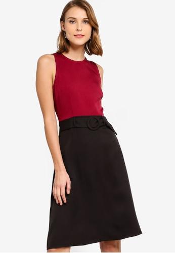 ZALORA 黑色 and 紅色 修身喇叭裙腰帶洋裝 33DDDAA6F8D6AAGS_1