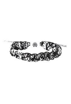 Explicit Shoelace Bracelet
