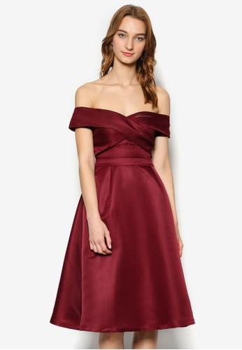 Tzalora時尚購物網的koumi koumiammy 交叉露肩修身洋裝, 服飾, 服飾