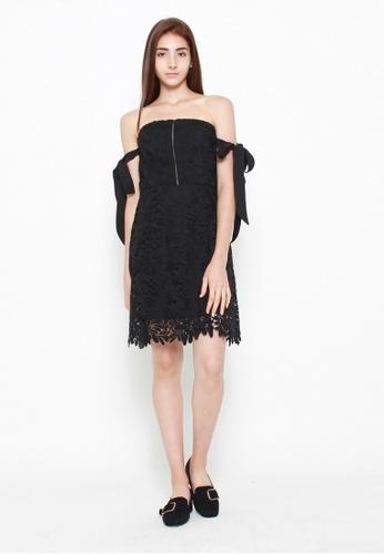 QLOTHE black Delphine Lace Bandeau Dress 0650CAAB9BA04EGS_1