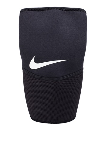 Nike black and white Nike Pro Elbow Sleeve NI126AC35ABSMY_1