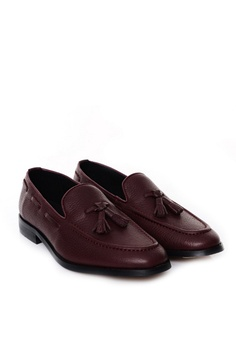 3bbad71693b Zeve Shoes Zeve Shoes Tassel Loafer - Red Pebble Grain RM 329.00. Available  in several sizes