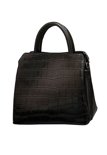 Twenty Eight Shoes black VANSA Embossed Cow Leather Hand Bag VBW-Hb6899 69679AC5EE3BC5GS_1