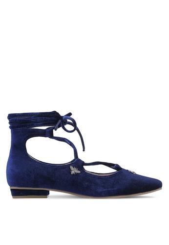 ZALORA 海軍藍色 Velvet Lace Up Flat 8C1CBZZE99F8CAGS_1