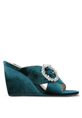 ZALORA 綠色 Embellished 楔型鞋 0537ASH22918A8GS_1