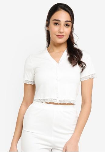 ZALORA BASICS 白色 Lounge Lace V-Neck Top Co-ord ED357AA7192F08GS_1