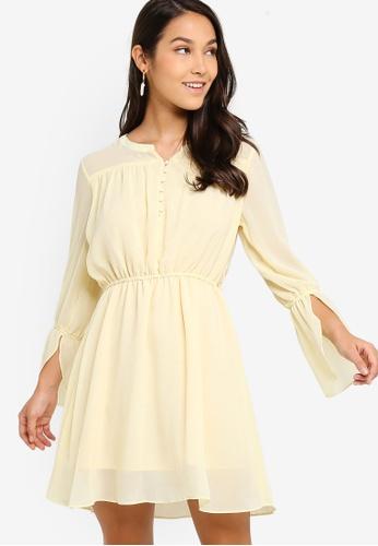 ZALORA 黃色 鈕釦洋裝 5A4F8AA383972BGS_1