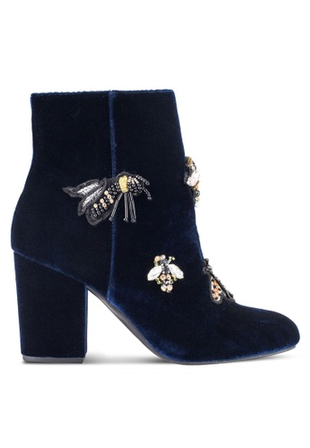 ZALORA 海軍藍色 Bee Velvet Boots 70006ZZC9400A8GS_1