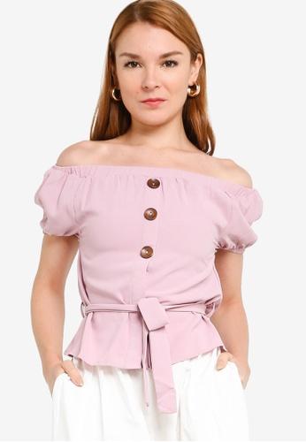 ZALORA 粉紅色 鈕釦露肩上衣 84DECAA8C62989GS_1