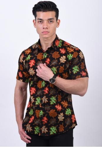 UA BOUTIQUE black Short Sleeve Shirt Batik UASSB58-015 (Black/ Green) BA31CAAAE4A9E8GS_1