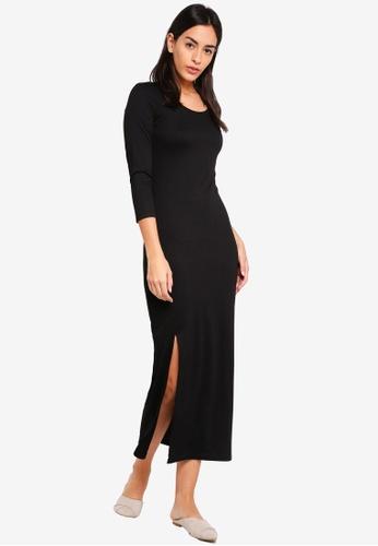 ZALORA BASICS black Basic Scoop Neck Maxi Dress With Slit E3C6BAA39B8832GS_1