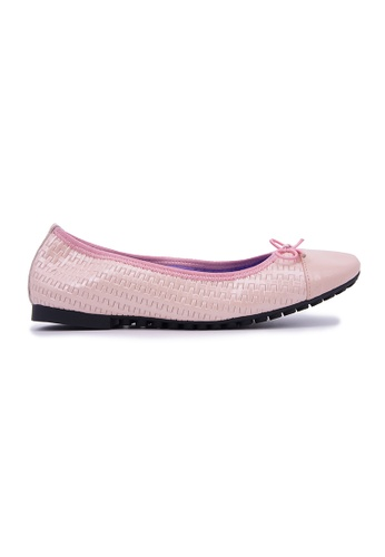 Flatss & Heelss by Rad Russel pink Simple Toe Cap Flats - Pink 77377SH3E81687GS_1