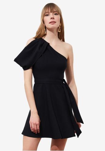 Trendyol black One Shoulder Drop Sleeve Dress F73D8AA60753D2GS_1