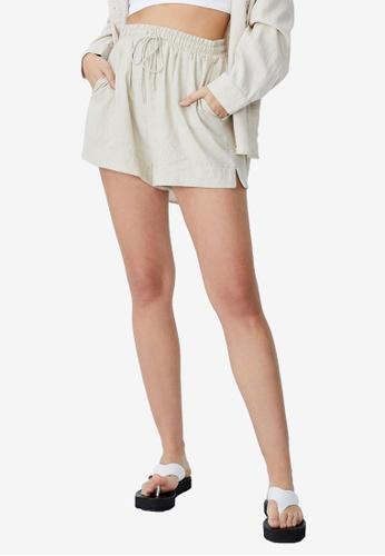 Cotton On beige Daydreamer Shorts AE4C4AA7C114B6GS_1