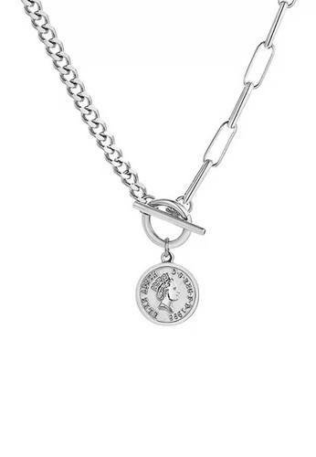 CELOVIS silver CELOVIS - Queen Elizabeth Toggle Clasp Necklace in Silver CC68BAC101030EGS_1