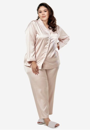 CURVA FABULOUS beige Premium Satin Pyjamas 8CDF2AA8D24C6FGS_1