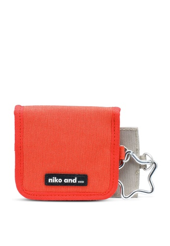 niko and ... orange Star Pouch 47625ACD8AD572GS_1