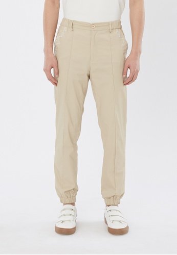 Flawless Flashbacks. beige Beige Signature Embroidered Jogging Pants 847B0AA89D5271GS_1