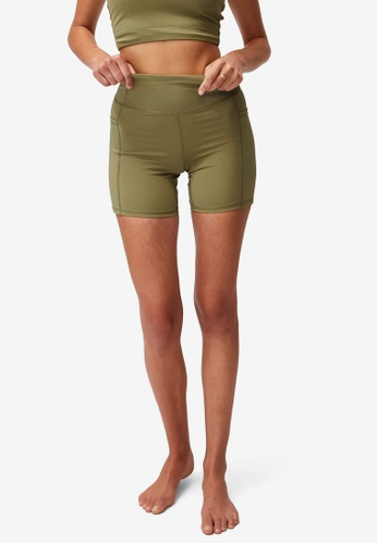 Cotton On Body green Lifestyle Pocket Bike Shorts D2D1AAA1EA5AE0GS_1