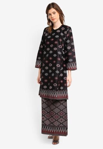 Butik Sireh Pinang black Marissa Satin Cotton Kurung Pahang with Songket Print BU003AA0SPWUMY_1