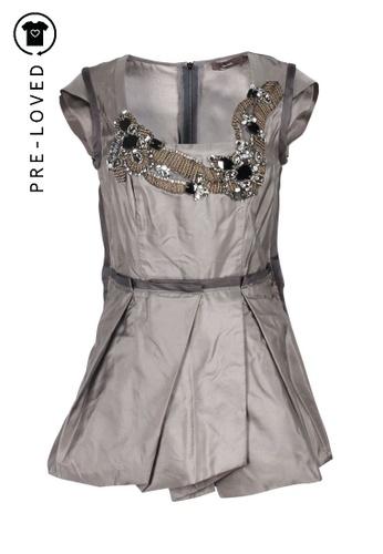 Vera Wang grey Pre-Loved vera wang Grey Top With Embellishments F819EAA0831BB1GS_1