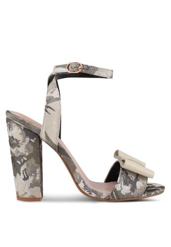 Velvet grey Textured Heels 104E3SH894A159GS_1