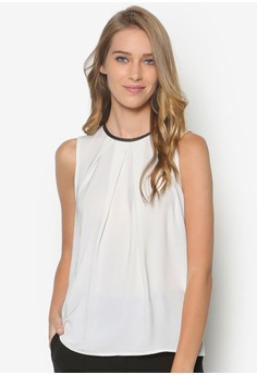 Collection Top With Pu Neckline