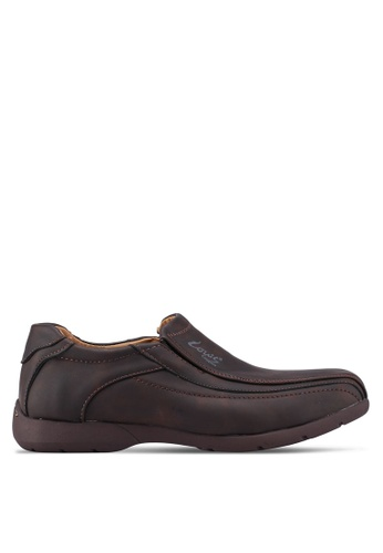 Louis Cuppers brown Paneled Slip-Ons 2D010SH3420FBBGS_1