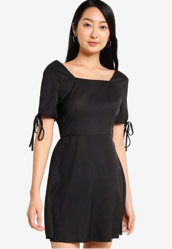 ZALORA BASICS black Ribbon Sleeve Fit & Flare Dress 1AA9EAAEEA8A00GS_1