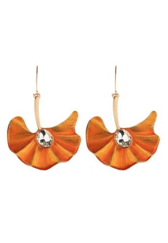 A-Excellence gold Faux Silver Pearl in Orange Fan Drop Design 5F38EACAA04802GS_1