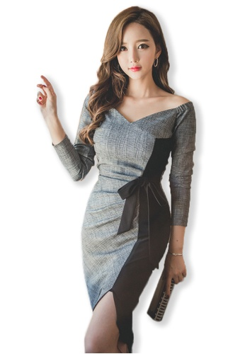 97ebf39dcfb Grey Off Shoulder Mid Sleeves Split Dress A083103.