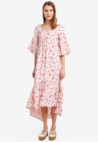 b68478af958ce9 Buy TOPSHOP Ruched Floral Maxi Dress Online on ZALORA Singapore