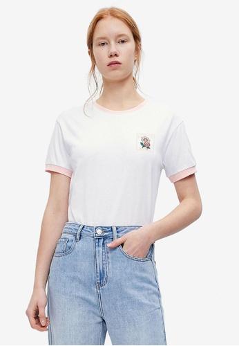 URBAN REVIVO white Casual T-Shirt 4F415AA5AA84AEGS_1
