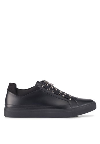 ZALORA black Contemporary Zip Up Sneakers 8DD9BSH10A5DBAGS_1