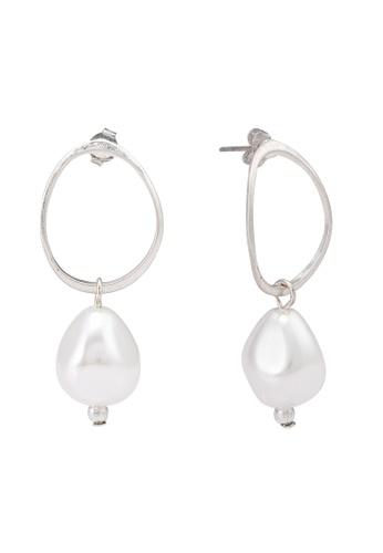 niko and ... grey Pearl Earrings 4348FACDF45A0CGS_1