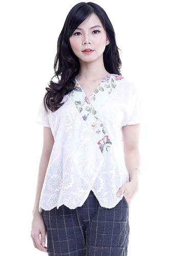 DhieVine Batik white and green Kemangi Encim Hijau Top 8A8EAAAECBF155GS_1