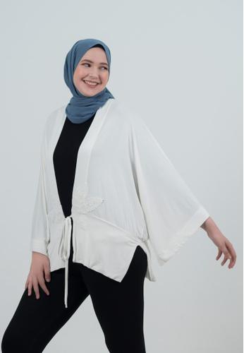 Bait Al Hijaab white Kimono Cardigans 08024AA2E0E57CGS_1