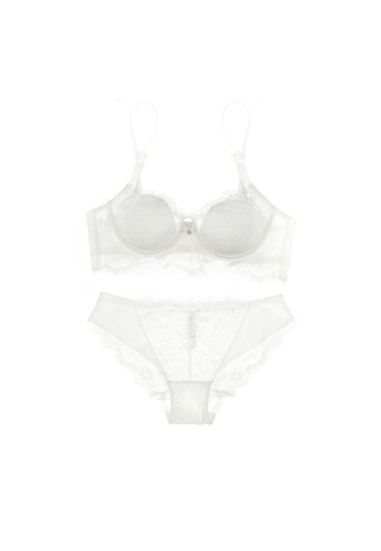 W.Excellence 白色 Premium White Lace Lingerie Set (Bra and Underwear) 6E7A2USE3522A4GS_1