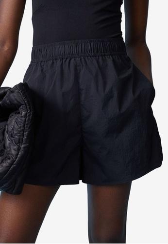 H&M black Sporty Shorts 9DD1BAA7CEA9EEGS_1