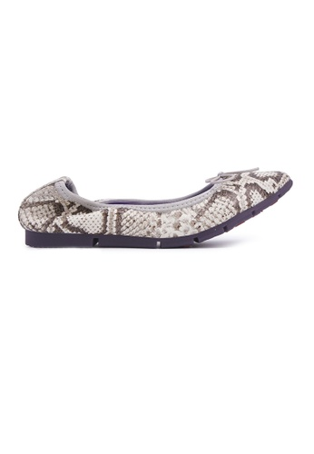 Flatss & Heelss by Rad Russel white Square-toe Flats with Snake Prints - White 8311BSH211BEC2GS_1