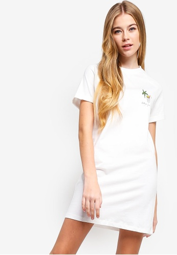 Something Borrowed white Graphic Raglan Tee Dress 6B791AA4A85E4EGS_1