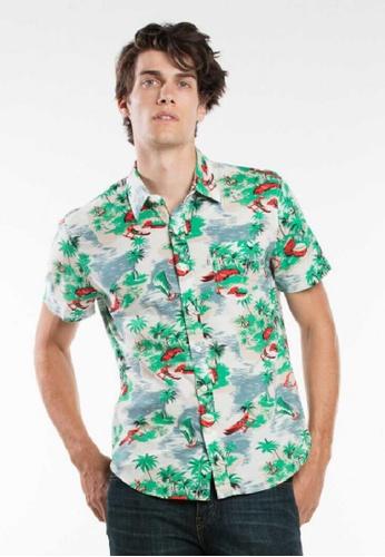 Levi's green Levi's Short Sleeve Classic One Pocket Shirt ED16BAA2E9A724GS_1