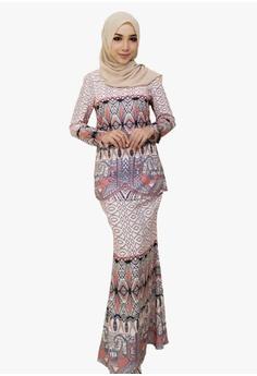 507d9f51dc7 Zoe Arissa orange Modern Print Batik Kurung 75272AA4E3CBE0GS 1