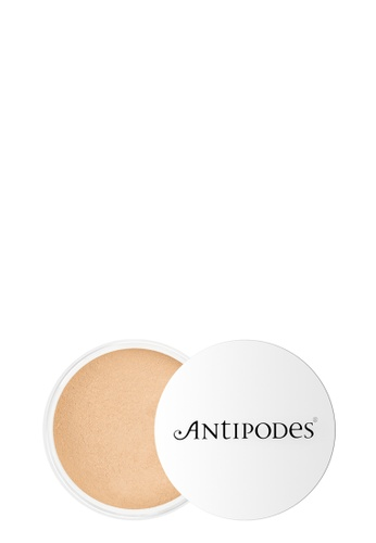 Antipodes Antipodes Mineral Foundation 02 Light Yellow AN524BE94XEJMY_1