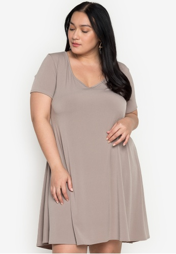 Ashley Collection grey Plus Size Basic V-Neck Swing Dress AFB6FAAD358A54GS_1