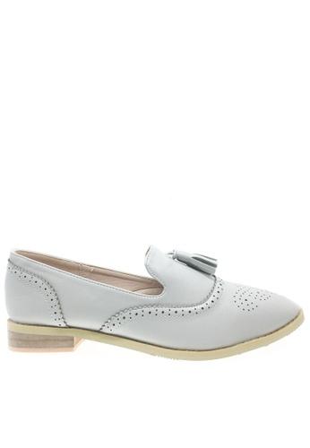 Twenty Eight Shoes 灰色 甜美流穌Loafer鞋923-9 TW446SH2V5G9HK_1